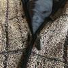 お気に入りのコートは、おばあちゃんのコート。ライナーはユニクロにお任せ。