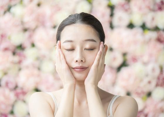 コラーゲン、ヒアルロン酸の摂りすぎは逆効果! 美肌作りの新常識