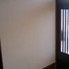 玄関の壁を塗る3~壁のアク止め問題あっさり解決