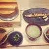 パーティ司会の後は和食でホッとひと息。