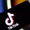 TikTokで非公開の鍵アカ『プライベートアカウント』の方法!【できない時の原因、対処法】非