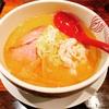 【極上鶏白湯】7種類の鶏から出した極上鶏白湯スープは絶品!「オニソバフジヤプレミアム」