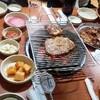 釜山でデジカルビ(豚カルビ)をお腹一杯食べて、ビーチを散歩しました