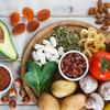 むくみを食べ物で解消!塩分を排出、血流を促進する成分を摂ろう