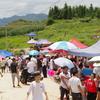 【93〜96日目】中国にて奇祭「爬坡祭り」に参加!犬を食べ闘牛を観戦して祭りのすごさを体感した!
