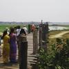 ミャンマーの強烈すぎる水掛けまつり
