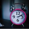 彼氏が寝坊してデートに遅刻してくる…別れる前に、寝坊しない方法を試してみよう!