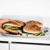 運動や筋トレの邪魔をする【食べ過ぎ】のデメリットと予防と対策