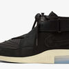 【5月17日(金)】NIKE AIR FEAR OF GOD BLACK RAID