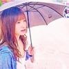 天使もえ が日傘をさす…