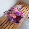花をプレゼントするのは楽しい。