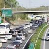 渋滞のイライラ&運転中の眠さ対策とヒマなときにする事まとめ。