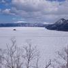 氷の摩周湖と屈斜路湖