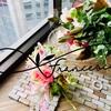 Bagブーケアレンジメントとナチュラルな花束