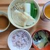 【まごわやさしいっす】野菜と魚のせいろ蒸し風~ゴマ酢ダレ~定食の作り方。ペットロスについて。
