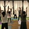 TUTAYA de yoga開催中。こどもとヨガをやるとこんなことになります。