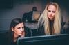アパレル業界で退職代行を使うメリットとデメリット
