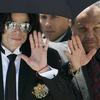 マイケル・ジャクソンも受けた父親からの「虐待」、日本は米国より多い。