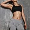 女性化する⁉胸が女性のように膨らむ筋肉増強剤 肝機能障害・幻覚も