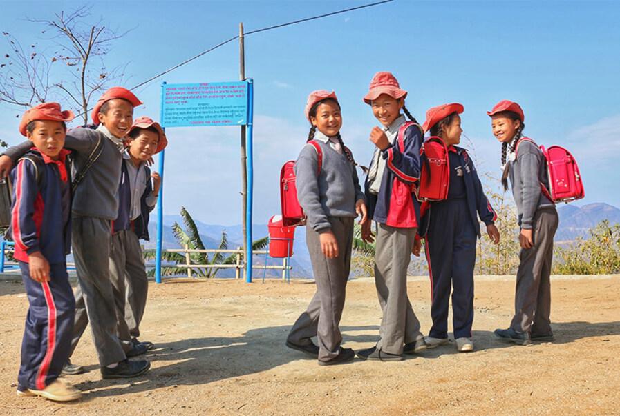 """子どもたちの""""学びの象徴""""が、日本とネパールの架け橋になった ー「愛のランドセル寄付プロジェクト」"""