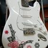 かわいいギターにメイクアップ!!