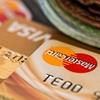 クレジットカードを利用してマイルを貯めるのは無駄か?クレジットカード発行との取得マイル効率を比較する