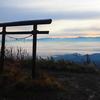 飯縄山登山|歴史を感じる南登山道と山頂の絶景を紹介します!
