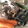 八百屋さんで野菜を買う。野菜を食べる。