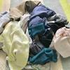 のんびりお洗濯は 姉妹が一緒にやらないと はかどらないのね