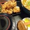 カラアゲニストがいる情熱うどん荒木伝次郎でカレーうどんとから揚げを食べて来ました。