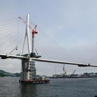 気仙沼湾横断橋、斜ベント解体