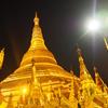 ヤンゴンのシェダゴン・パゴダを観光。ひたすら派手な寺院は、日本とは全く違うセンスで面白い。【2016年7月ミャンマー旅行記6】