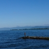 琵琶湖バス釣り冬のおかっぱり実践!ルアーとワームどっちが釣れる?