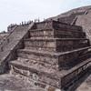 太陽と月のピラミッド テオティワカン