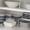 【お気に入りの食器】収納には無印良品のアクリルシリーズを活用。