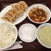根津で見つけた「蓬莱春飯店」の鶴見本店で餃子定食【鶴見】