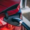 電気自動車の普及がもたらすプラチナ価格への影響
