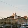 マルセイユの旧港から見たノートルダム・ドゥ・ラ・ガルド寺院