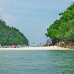 幻のビーチ「タレーウェーク」~「タップ島」と「チキン島」の絶景を見ながら上陸・・・。