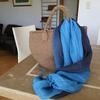 かごバッグはマダガスカル産ラフィアの手編みが長持ち&高見え