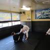 火曜日午前中フルタイム一般クラス、夜キッズ柔術クラス、一般柔術クラス。