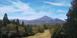 「静楓亭」近辺の遊び場:磐梯高原南ヶ丘牧場と猪苗代湖を一望できるロープウェイ