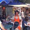 チャトゥチャック市場で暇つぶし