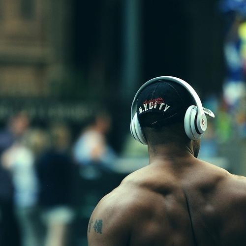 レビュー【Beats Solo3 Wireless】Appleユーザーに欠かせない商品