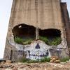 崩壊した建物に描かれた、頭蓋骨アートが圧倒的に美しい!!