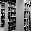 図書館にある本は、自分の本棚になくてもいいかもしれない