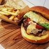 MEAT CAFE OJIMA @野毛 老舗精肉店のジューシーハンバーガー