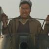 馬鹿が戦車(タンク)でやって来る