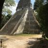 グアテマラ ティカル遺跡観光 「5号神殿」