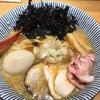 特製背脂醤油らー麺/新宿/焼きあご塩らー麺たかはし/新宿区